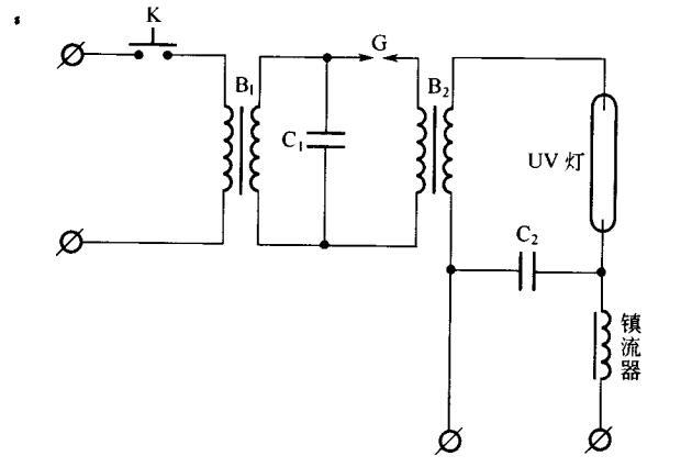 在b2的次级中感应出一个高压脉冲,这样一个高频高压电将灯点燃.